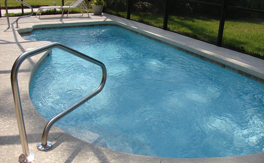 Backyard in-ground swimming pool