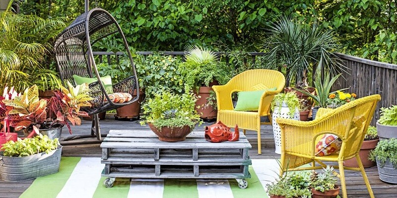 Outdoor seating area with greenery
