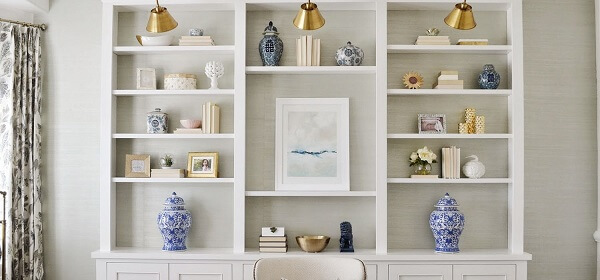 Large white shelfs with shallow depth