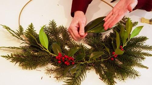 Modern wreath design and layout