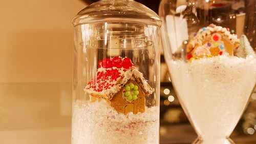 Small glass jar with gingerbread inside