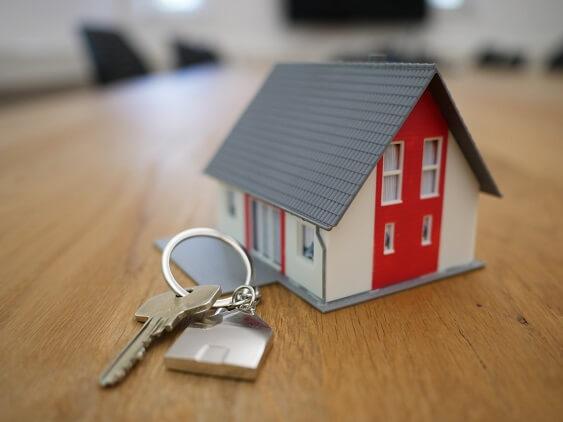 Tiny house next to keys
